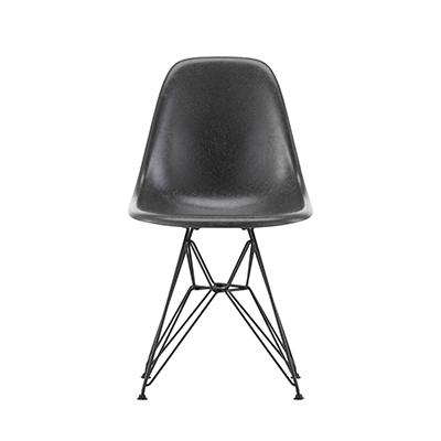 Eames Fiberglass Side Chair DSR