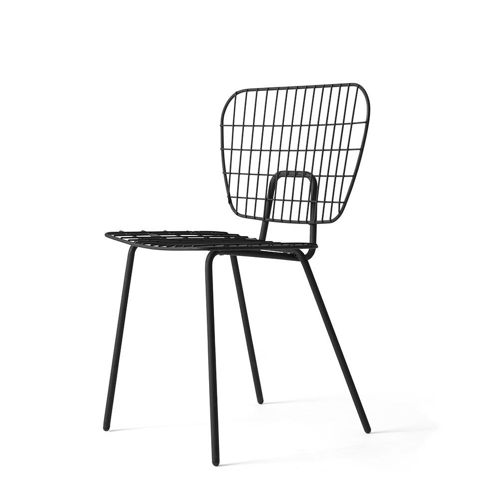 WM String Chair von Menu. Stuhl aus Stahl in der Farbe Schwarz