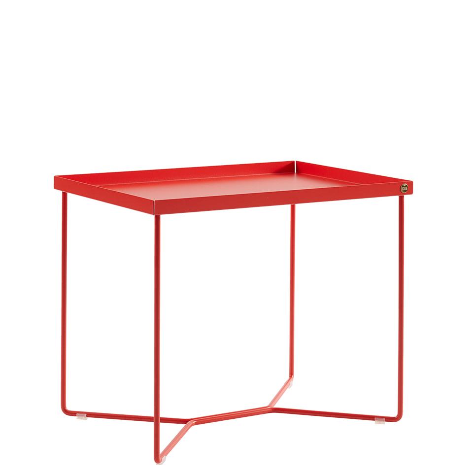 POI Table Single von Victor Foxtrot. Beistelltisch aus Stahl in der Farbe Blutorange