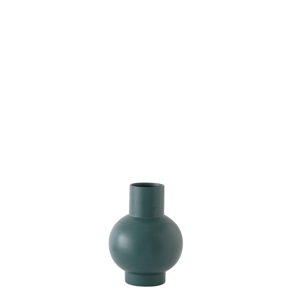 Strom vase von Raawii. Vase aus Steingut in der Farbe Grün
